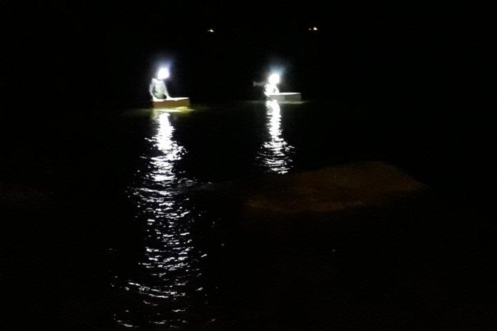 Al Mar de Plata di Casalabate si pesca di notte…